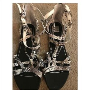 Dolce Vita Sandals Size 10. Condition is Pre-owned